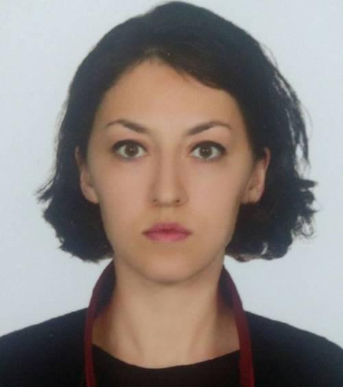 Avukat İdil Su Aydın - İzmir Avukatlık Bürosu